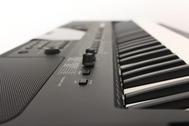 Yamaha PSR-E453 Modell