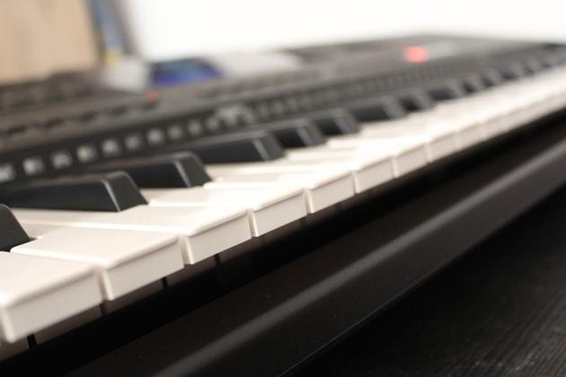 Yamaha PSR-E453 für Anfänger