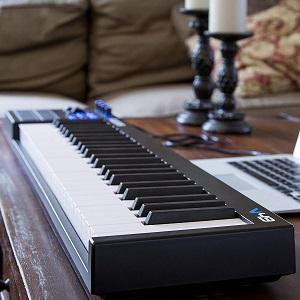 Alesis V 49 Midi Keyboard