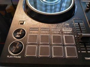 DJ Controller Funktionen mit Pads