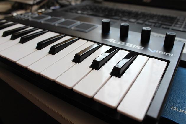 Einsteiger MIDI Keyboard für Beginner