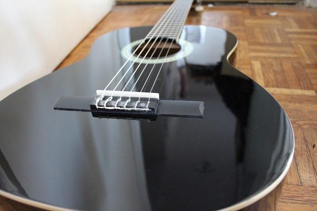 Clifton Gitarre für den Einstieg