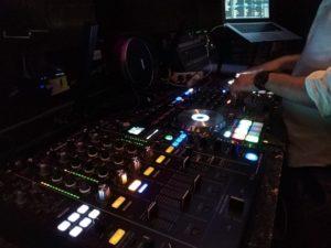 DJing im Club