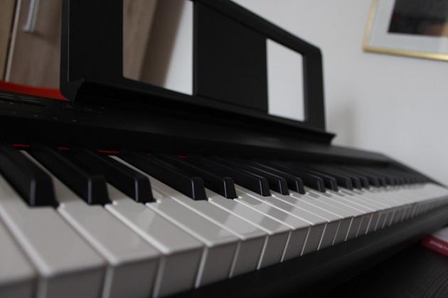 Yamaha NP-12B E-Piano