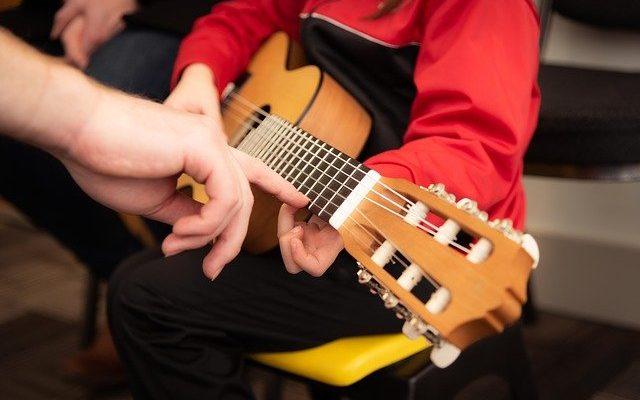 Spielzeug Gitarre für Kinder