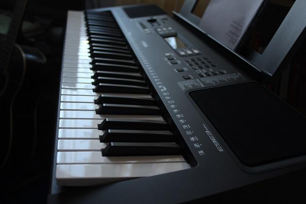 Keyboard Yamaha-PSR E363