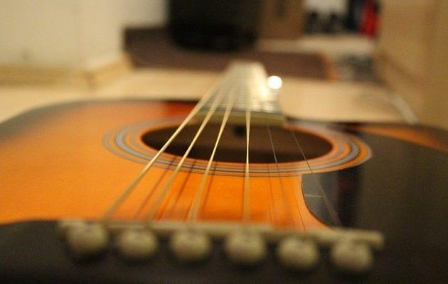 Einsteiger Westerngitarre für Anffänger
