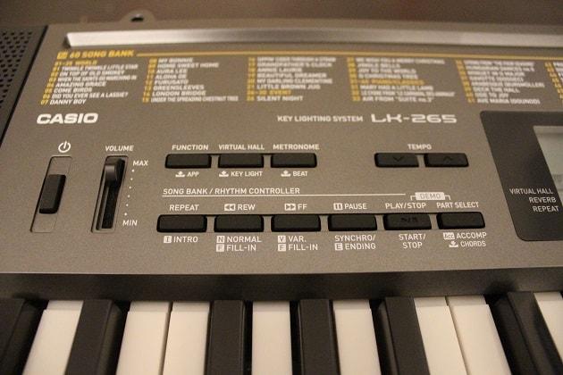 Casio-LK-265-Keyboard-mit Einstellungen